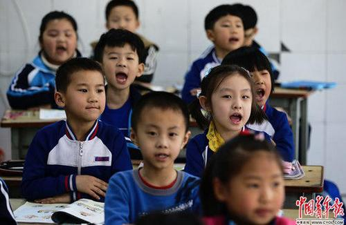 雄安北京学校满月记:学生热情老师坦言知识不够用